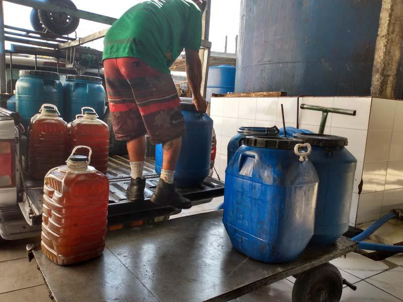 Recebimento de oleo vegetal usado